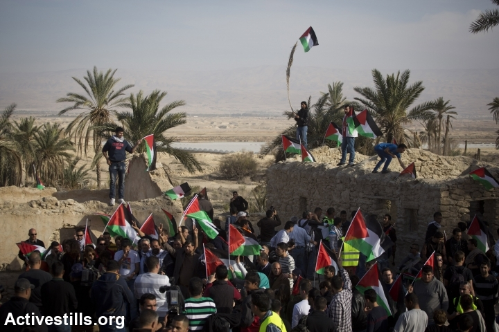 Palestinian activists arrive to Ein Hijleh protest village, in the Jordan Valley, West Bank January 31, 2014.