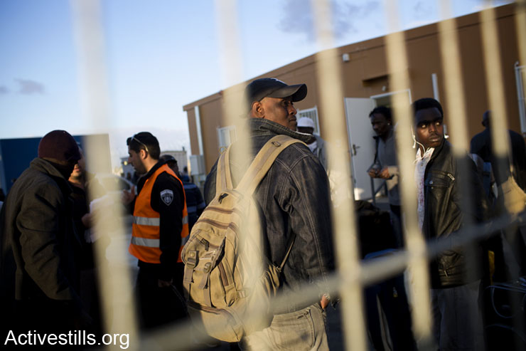 New arrivals to Holot detention center, February 17, 2014.