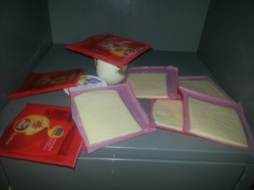 We keep food in the lockers, Holot, February 22, 2014. (Ahmad)