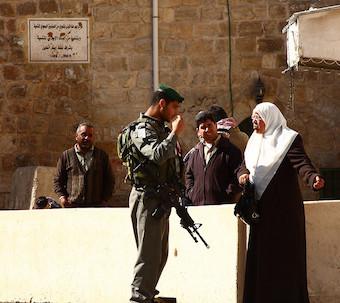 Hebron (Photo by Yossi Gurvitz)