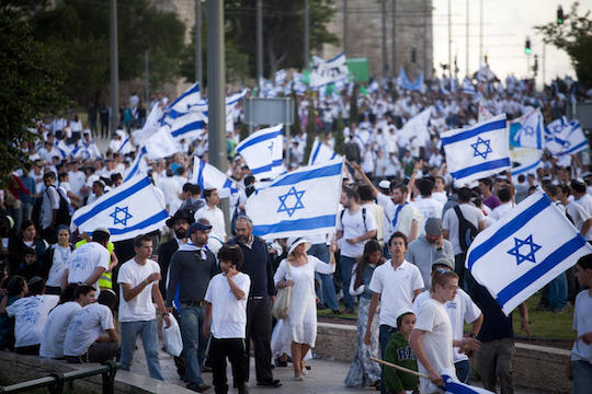 Israelis  participate in the march of the Flags on May 20, 2012, Jerusalem (Photo: Oren Ziv/Activestills.org)