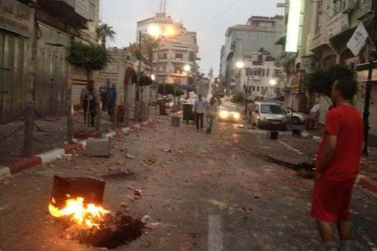 The center of Ramallah following an IDF raid into the city. (Azzam Talahmi/CC)