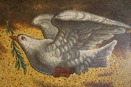 Dove of Peace, Don Sutherland, Flickr (CC BY-NC-SA 2.0)