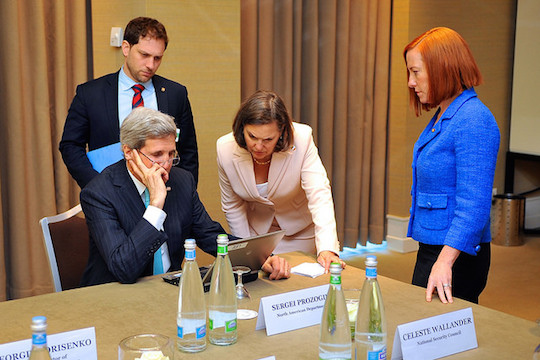 U.S. Secretary of State John Kerry with Deputy Chief of Staff Jon Finer, Assistant Secretary for European and Eurasian Affairs Victoria Nuland, and State Department Spokesperson Jen Psaki. (State Dept. Photo)