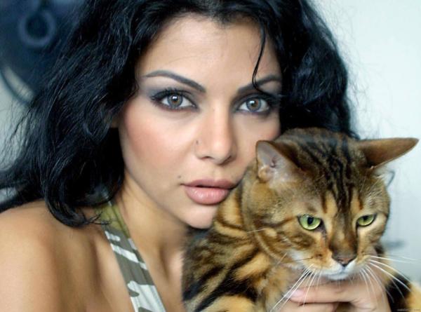 Lebanese pop star Haifa Wehbe