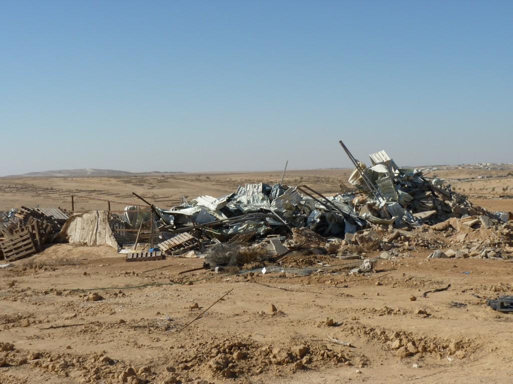 Rubble from demolition at Al-Araqib. Photo by Libby Lenkinski
