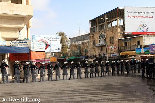 Palestinian Authority police in Hebron 25 Feb 2011. Photo:activestills.org