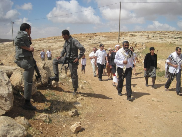 Activists document violent settler attack in South Hebron Hills