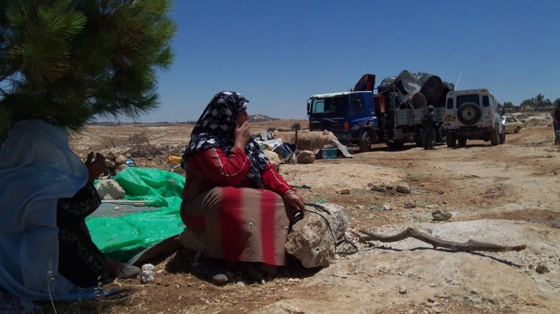 IDF destroys nine water tanks in parched Palestinian village