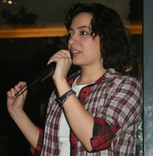 Palestinians demand freedom for detained Syrian blogger