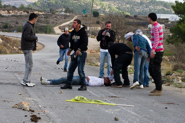 Nabi Saleh protester hit by tear gas canister dies from wounds