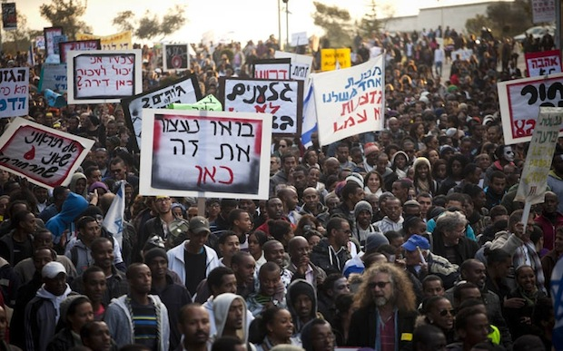 Thousands of Ethiopian Israelis protest racism in Jerusalem march