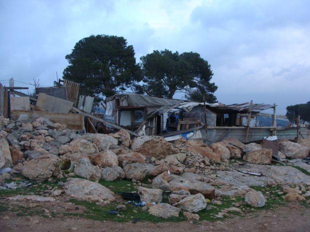 Shack in Bedouin village of Jabal al Baba (Ras al Baba) (photo: Mya Guarnieri)