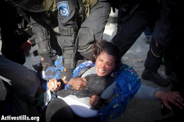 International activist arrested in Qalandia (Oren Ziv / Activestills)