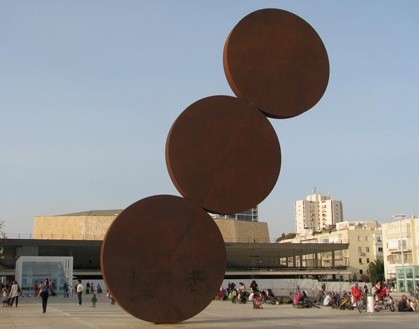 """Ascension,"" a statue by Israeli artist Menashe Kadishman, on Tel-Aviv's Habima Square. Photo by the author"