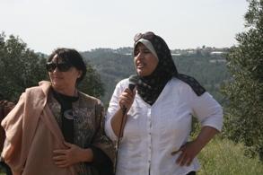 Sheerin Al-Araj with EU Parliment Member Luisa Morgantini (Haggai Matar)