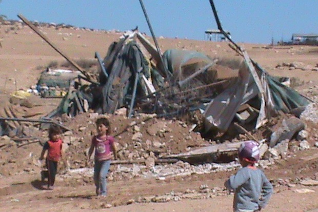 Israeli army destroys water cisterns and dwellings in southern West Bank