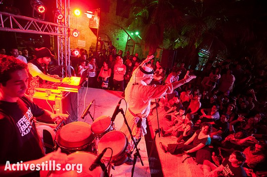 The Haifa-based reggae group Ministry of Dub-Key performs at a finale concert for the Freedom Bus tour in Beit Sahour, October 1, 2012. The Freedom Bus, an initiative of the Jenin Freedom Theater, traveled throughout the West Bank using cultural activism to bear witness, raise awareness, and build alliances throughout Palestine and beyond. (photo: Ryan Rodrick Beiler/Activestills.org)