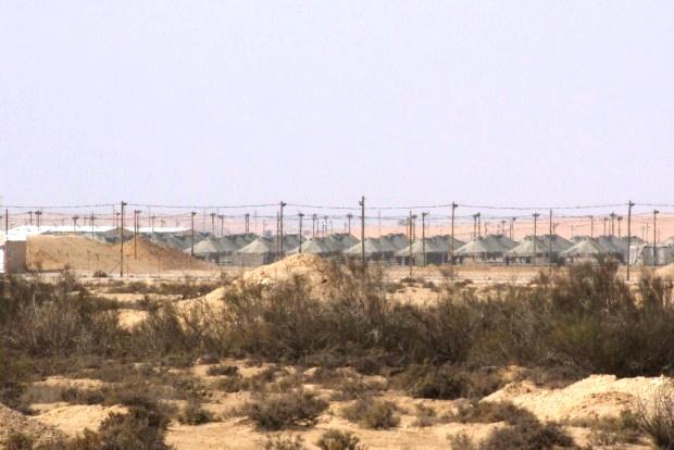 Nachal Raviv holding facility (photo: Noam Sheizaf)