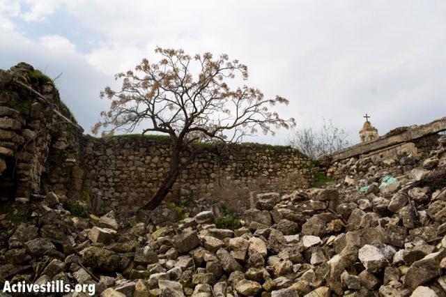Ruins of Bir'em, off the official park pathway (Oren Ziv / Activestills)