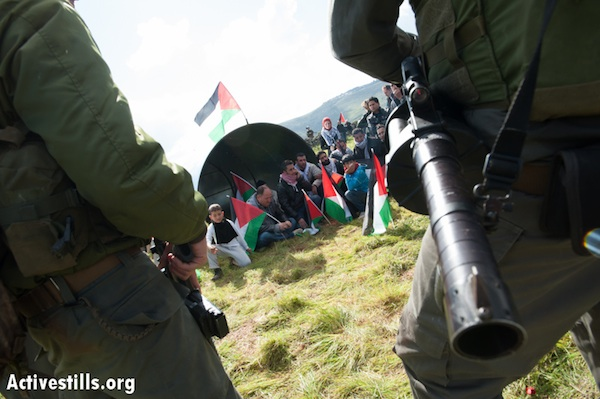 Palestinians erect third West Bank outpost, are attacked by IDF, settlers