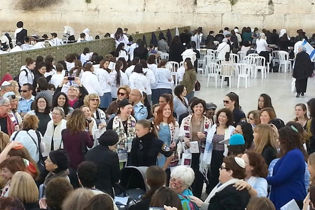 MKs join hundreds of women praying at Western Wall, defying law