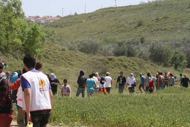 Shavey Shomron settlement out of reach for the demonstration (Haggai Matar)