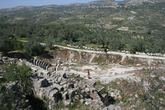 View of Roman theater and landscape in Sabatia historical site (Haggai Matar)