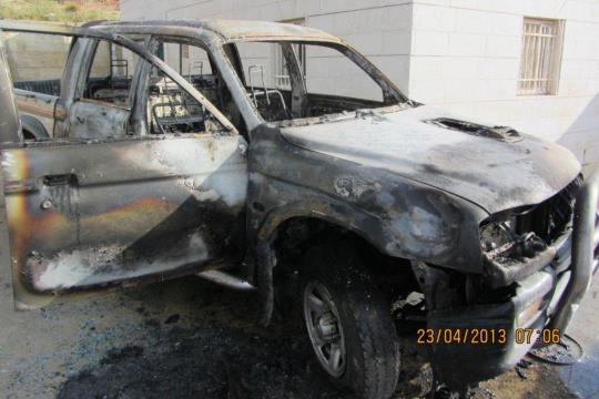 Illustrative photo of a car burned in a suspected price tag attack at Dir Jarir (photo: Iad Hadad / B'Tselem)