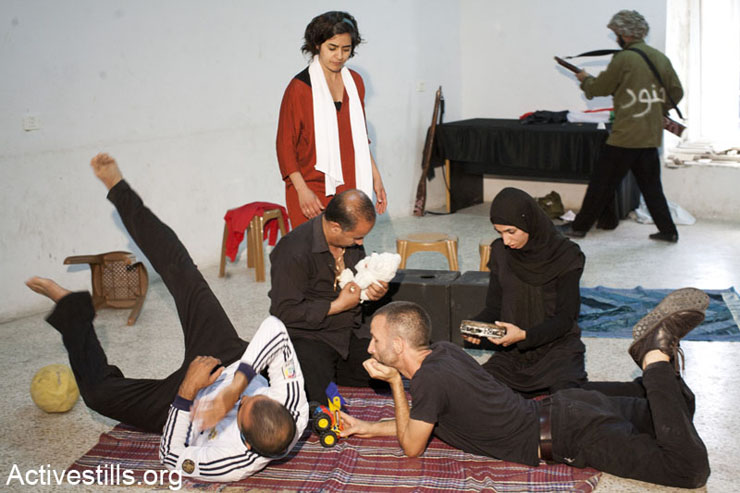 A scene portraying Israeli soldiers raiding the house of a Palestinian family in the village.