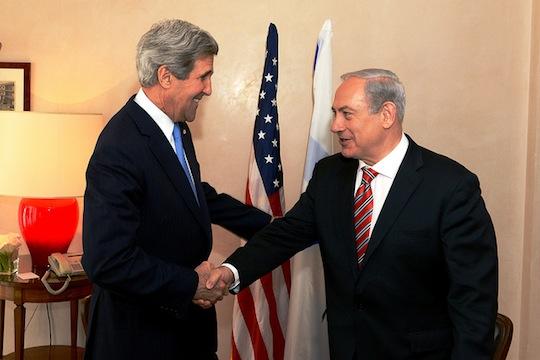 U.S. Secretary of State John Kerry meets with Israeli Prime Minister Benjamin Netanyahu in Jerusalem on April 9, 2013. (photo: State Department photo/ Public Domain)