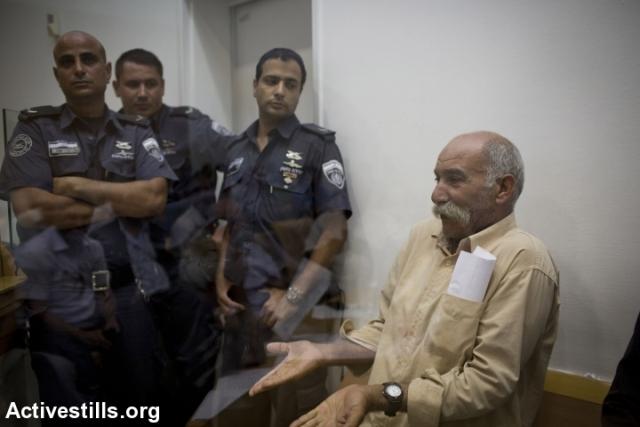 Sheikh Siakh A-Turi in court (Oren Ziv / Activestills)