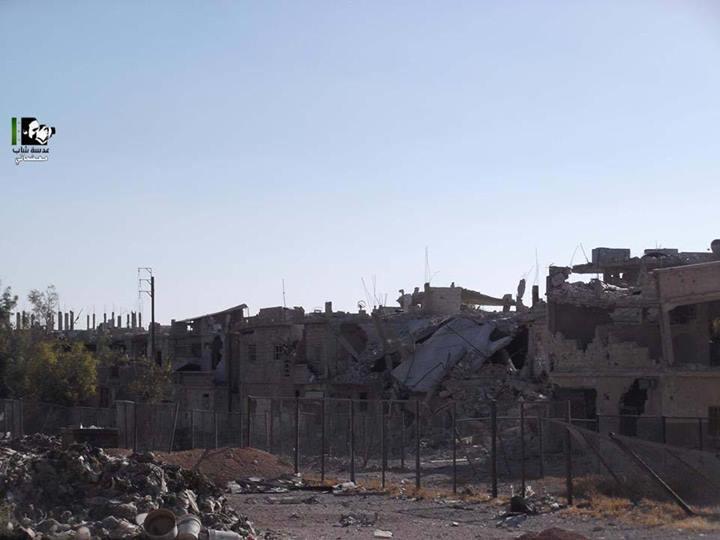 Destruction in Moadamiyat al-Sham due to shelling. (photo: Lens Young Moadamani)