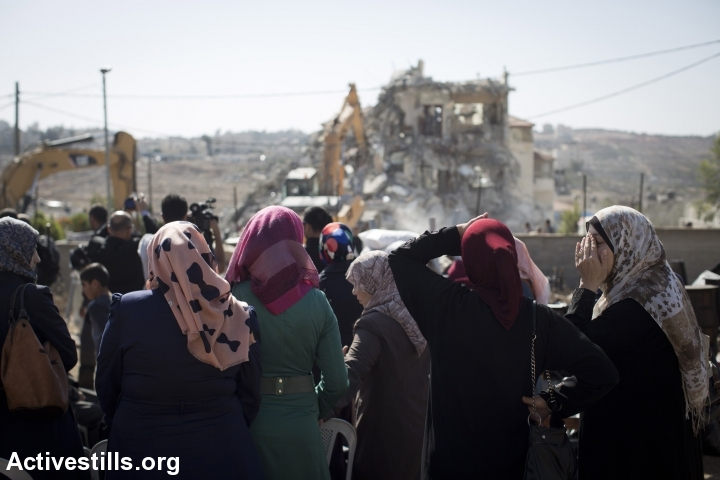 From prisoner release to home demolitions: A week in photos - October 25-31
