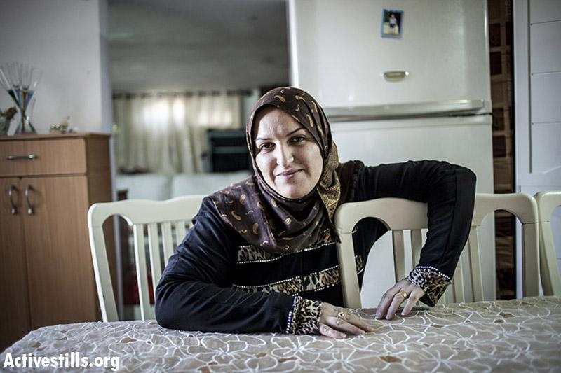 Reem Bedran, mother of three, married since 2002, Zimar. (Shiraz Grinbaum/Activestills.org)