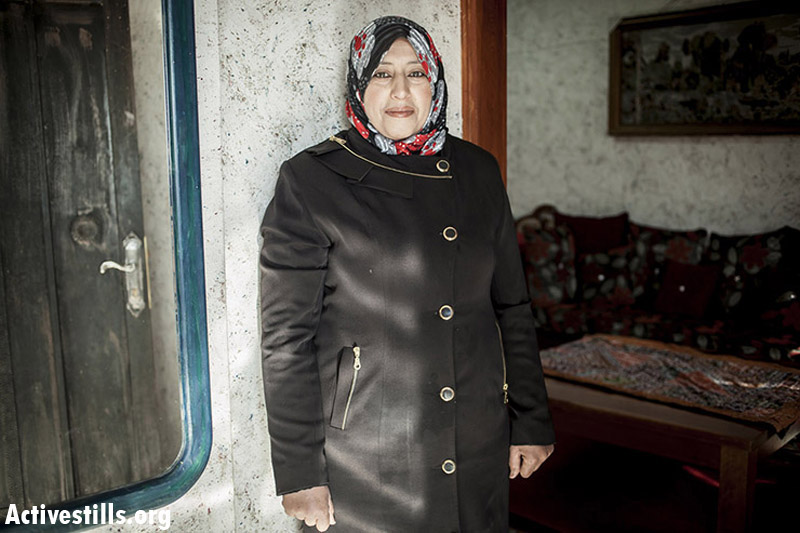 Basma Qibha, mother of five, married since 2001, eastern Barta'a .(Shiraz Grinbaum/Activestills.org)