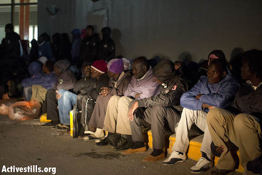 In act of civil disobedience, 150 Sudanese refugees walk out of Israeli 'open prison'