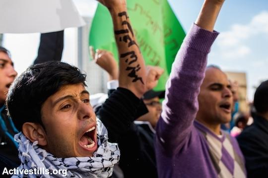 Palestinian citizens of Israel demonstrate against the Prawer-Begin Plan, BeerSheva, May 12, 2013 (Photo by Yotam Ronen/Activestills.org)
