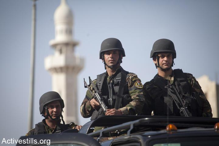 Palestinian security forces in Bethlehem. (Photo by Oren Ziv/Activestills.org)