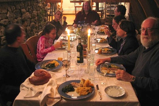 Illustrative photo of Rosh Hashana family dinner. (Photo by Rache Barenblat/Flickr/CC)