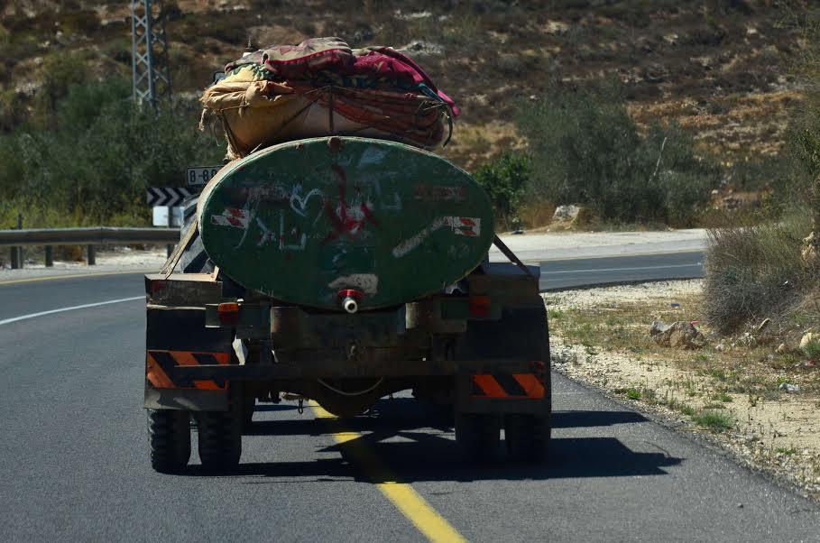 Water tanker near the village of Nabi Saleh. (Cinzia Di Napoli)