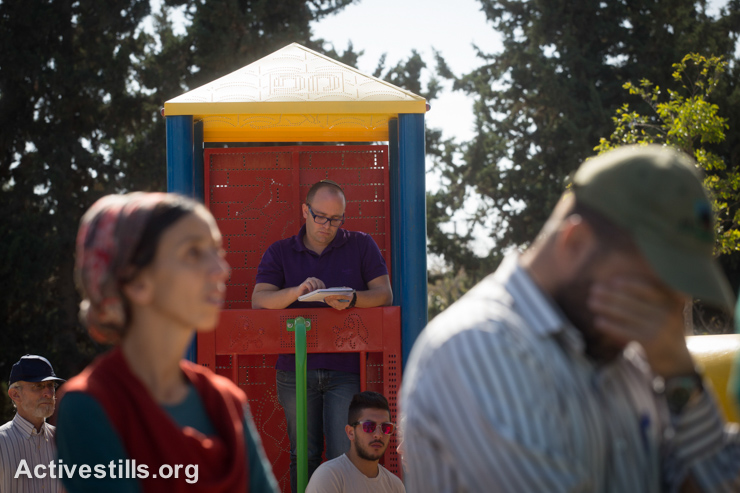 Relatives and family seen during the funeral of Dalia Lemkus on November 11, 2014 in Tekoa settlement, West Bank. Dalia was one of the two killed in separate stabbing attacks across Israel and West Bank the previous day. (photo: Activestills.org)