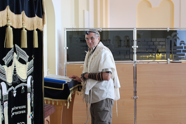 The author leading the morning service at the main synagogue