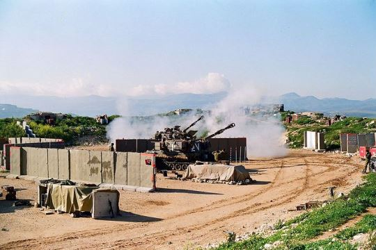 "IDF artillery in South Lebanon, 1996. (Photo by ""Oren 1973"" CC-BY 4.0)"