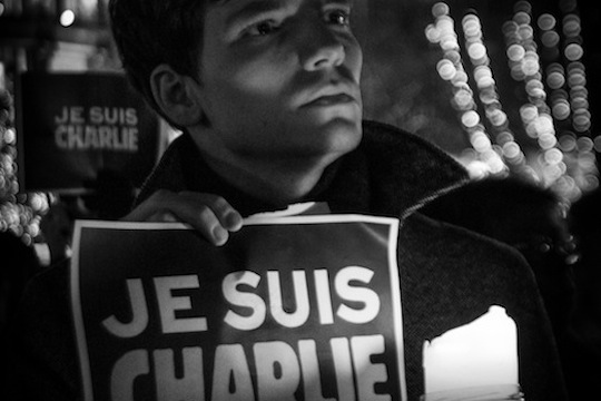 Protesters hold vigil for the slain journalists of Charlie Hebdo, Strasbourg, France, January 7, 2015. (photo: Claude TRUONG-NGOC CC BY-SA 3.0)