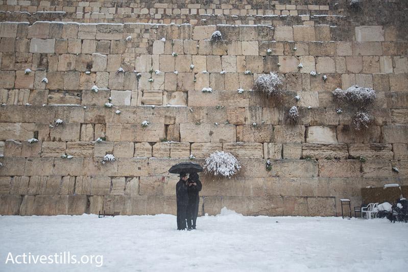 Jewish worshipers at the Western Wall in Jerusalem, February 20, 2015. (Photo by Faiz Abu Rmeleh/Activestills.org)