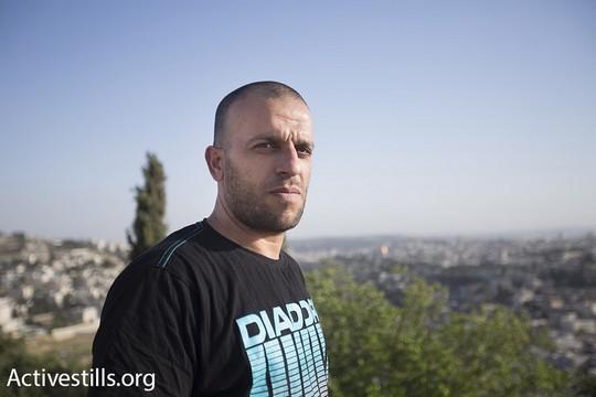 Thair Reg'i, who exposed Cinema City's discriminatory policies toward Arab cab drivers. (photo: Activestills.org)