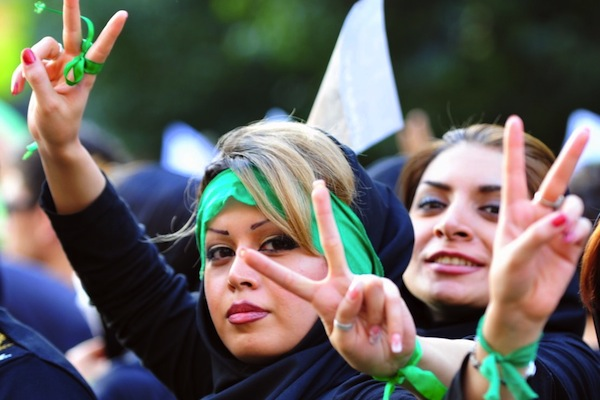 Iranian women protest in the streets of Tehran against the results of the 2009 Iranian presidential elections. (photo: Hamed Saber/CC BY 2.0)