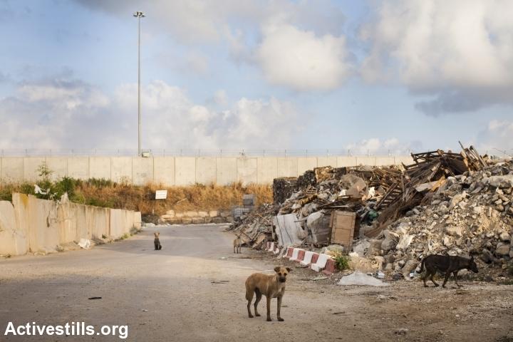 Nitzanei Shalom Industrial Zone. (photo: Oren Ziv/Activestills.org