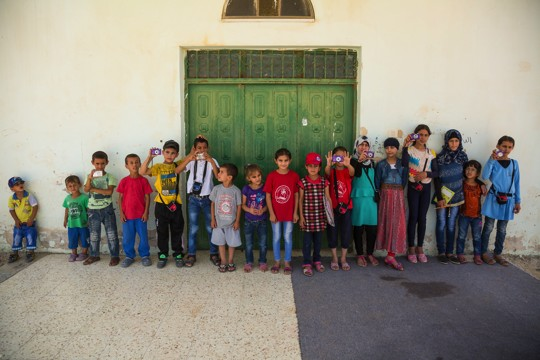The children of Umm al-Hiran who are participating in the photography workshop. (photo: Udi Goren)